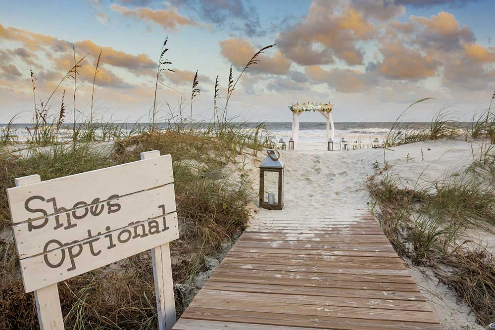 Nuntă pe plajă! Iată tot ce trebuie să știi!