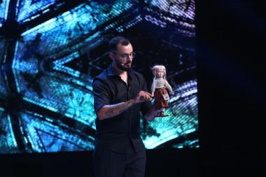 Magician & Iluzionist - Victor Dorobantu